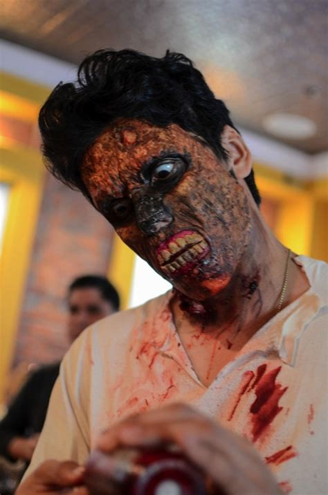 9 Great Photos from The New York Zombie Crawl - Paste